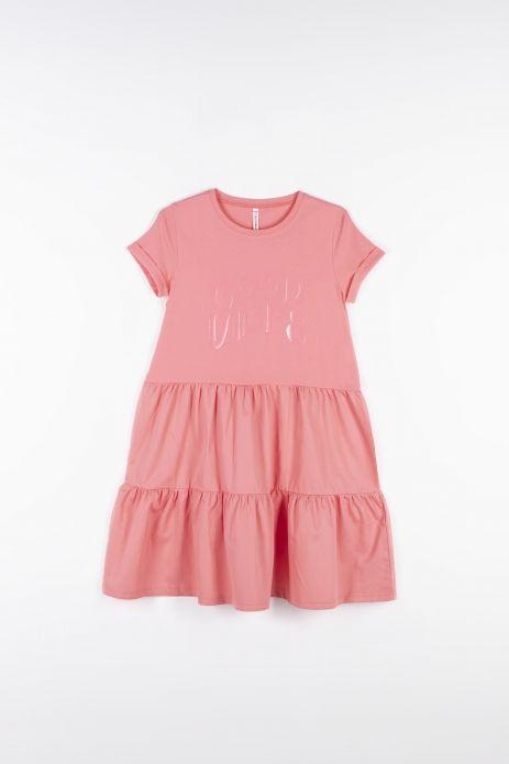 Šaty ze spojovaných tkanin